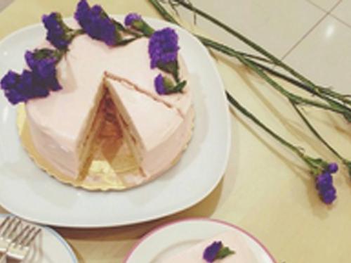 母親節特製~粉紅玫瑰香草戚風蛋糕