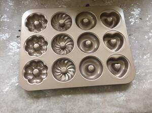 12連混花甜甜圈不沾蛋糕模